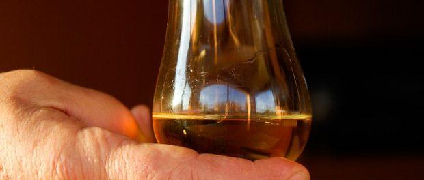10 Dinge die du über Whisky wissen solltest: Das richtige Glas